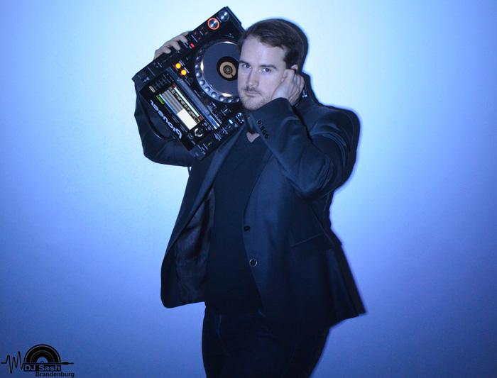 DJ Ahrensfelde